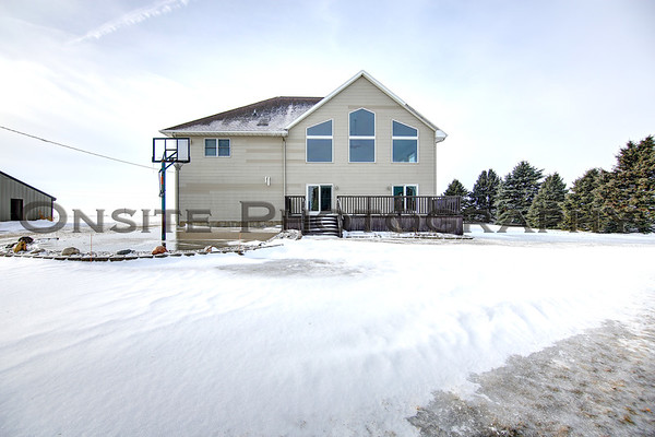 1755 442nd Ave - Clinton