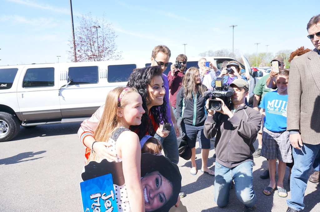 """. \""""American Idol\"""" contestant Jena Irene of Farmington Hills meets fans in her hometown on May 10, 2014. Photo by John Branstetter"""