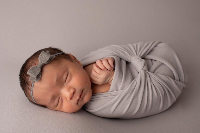 Baby Victoria-32.jpg
