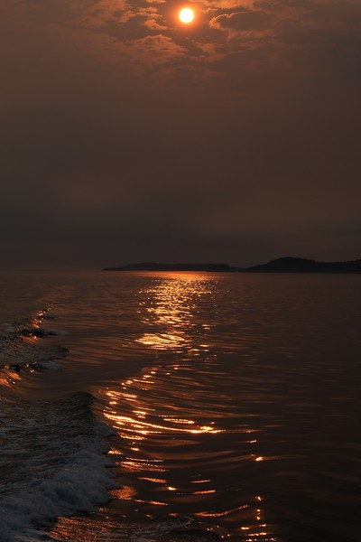 Deception Pass Red Sun wave.JPG