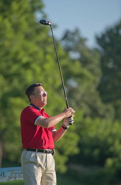 20198_scholarship_golf_46240.jpg