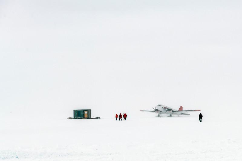South Pole -1-5-18079094.jpg