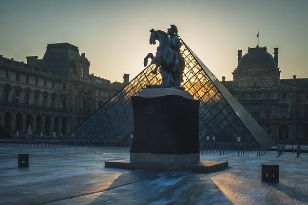 paris: a story