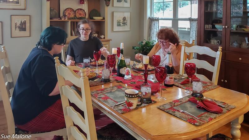 12-25-2019 Family Christmas Edited-41.jpg