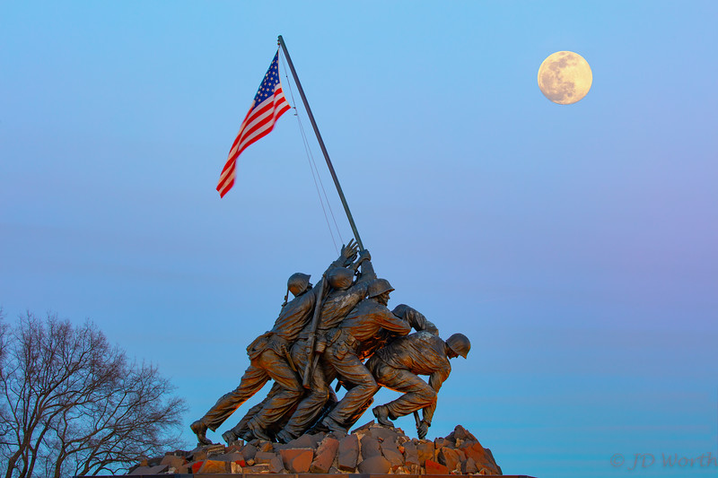 030920 U.S. Marine Corp Memorial - Blue Hour East Moon-8983 copy.jpg