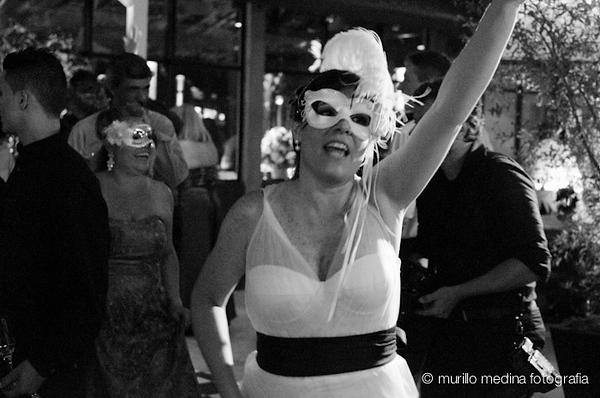 Casamento de Márcia e Alexandre em 21/04/2012. Making of Cláudio Piovesana Cabeleireiros - Santos. Cerimônia e festa: Espaço Serra do Mar, São Bernardo do Campo - SP. Foto: Flavia Medina/Murillo Medina Fotografia. Todos os direitos reservados.