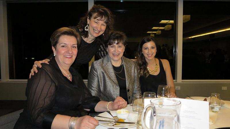 Olivera Marjanović, Zorica Kandić, Aida i Selma Mehmedović