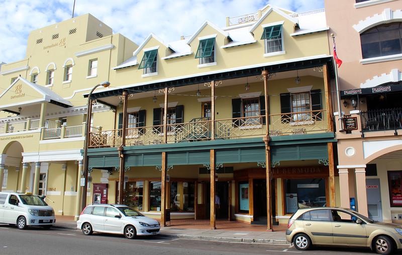 Bermuda-Hamilton-Front-Street-10.JPG