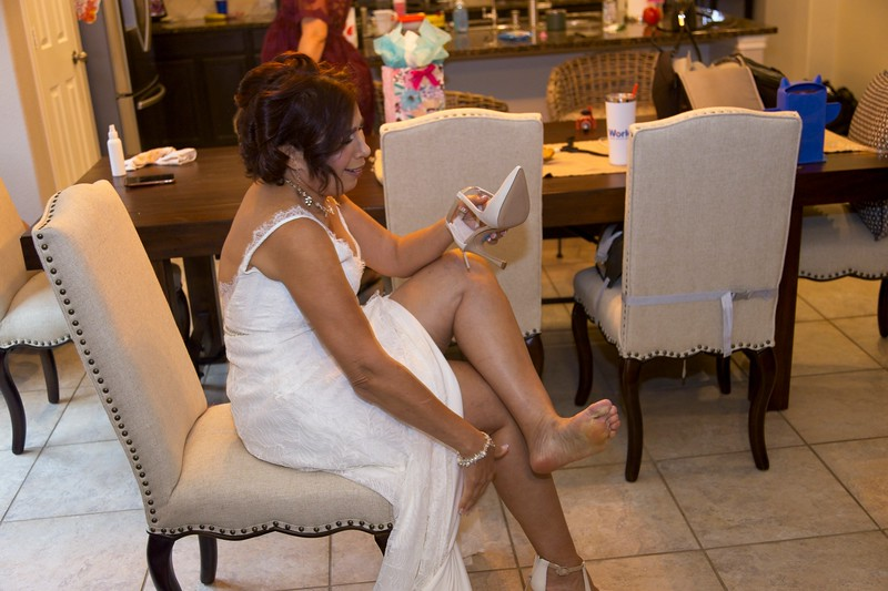 112020_Wedding-180246-GettingReady-0080.jpg