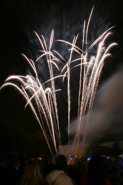 2007_1102putneyfireworks157_edited-1.JPG