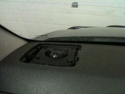 2011 Nissan Xterra S Tweeter Installation - Canada