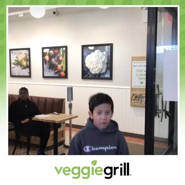 Veggie_Grill_Grand_Opening_boomerang_3.mp4