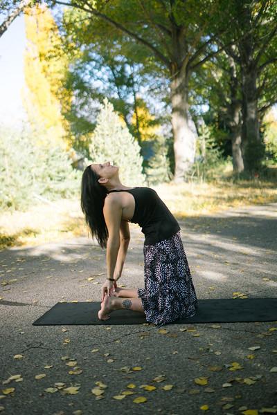 Toni Kuhn Yoga Photography Pine Mountain Club-74.jpg