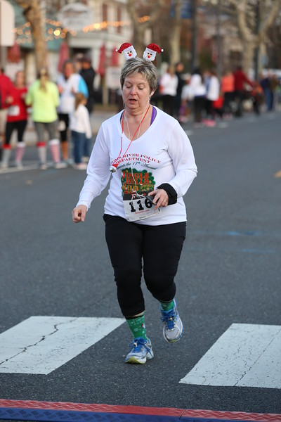 Toms River Police Jingle Bell Race 2015 - 01236.JPG