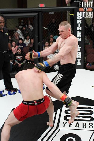 Shamus O'Grady  vs. Dale Grindahl