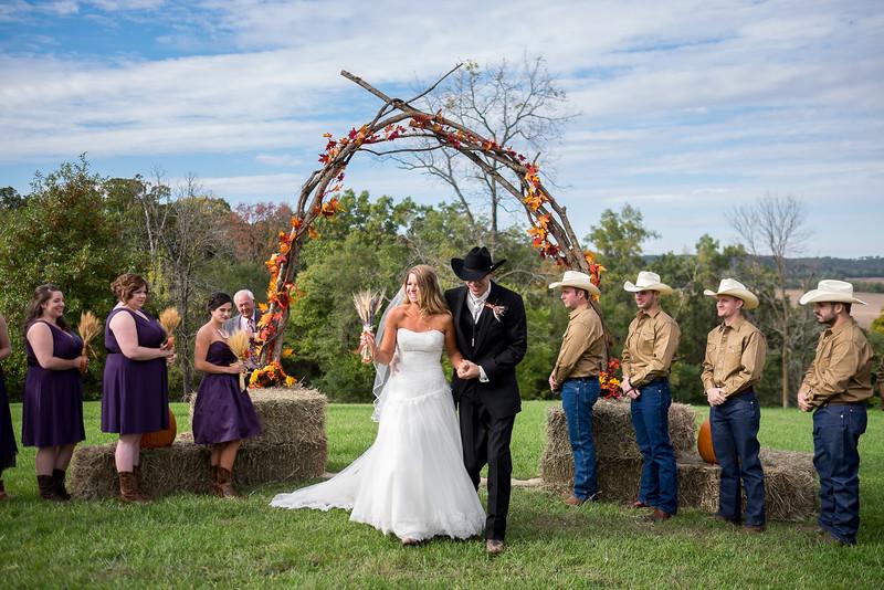 KALandrum_Wedding_Colonel_Bolton_Home_Jefferson_City_MO_Photographer-17.JPG