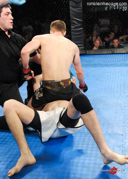 RITC 39 - B10 - Matt Thornburn def. Derek Gatz - TKO Strikes (15 of 19).jpg