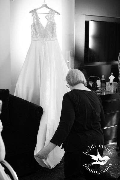 H&B_Wedding-21.jpg