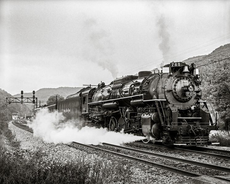 Nikel Plate 765 Steam Locomotive