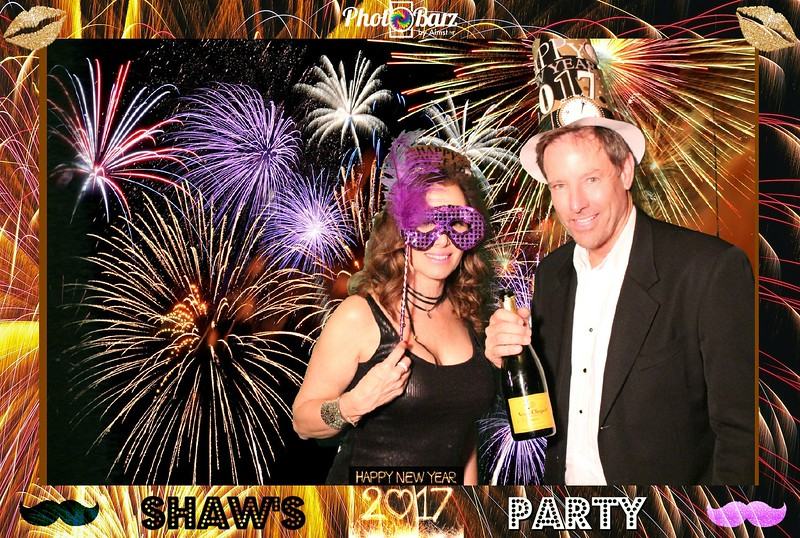 Shaws NYDay Party (6).jpg