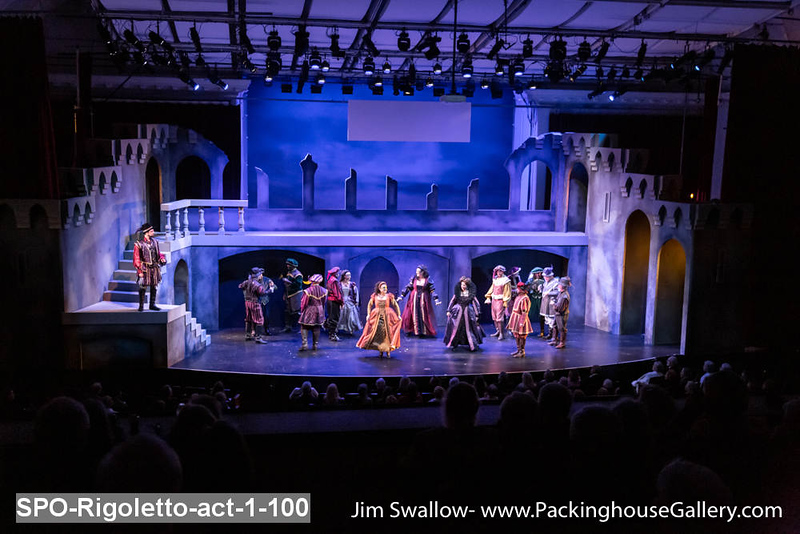 SPO-Rigoletto-act-1-100.jpg