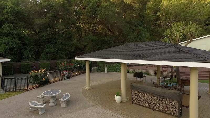 Hunter Ln - back patio.jpg