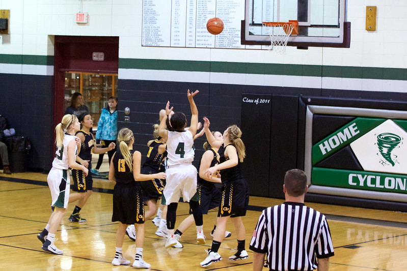 '17 Cyclones Girls Basketball 176.jpg