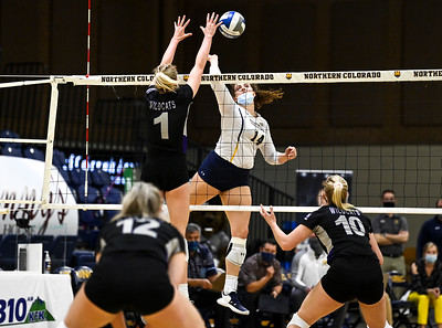 Photos: UNC Bears volleyball falls to Weber State 3-1 at Bank of Colorado Arena
