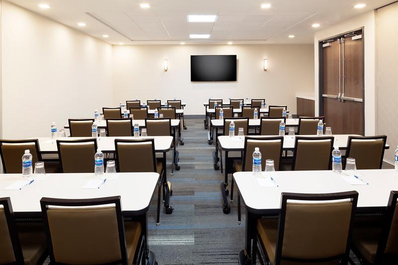 48-Meeting Classroom Set up-HH Frisco.jpg