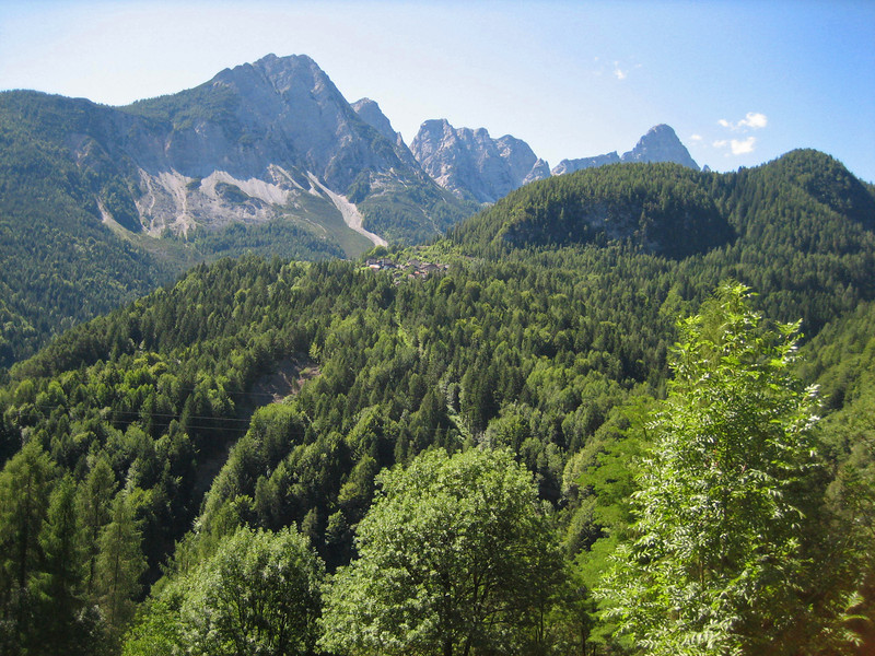 7_30 7 bike path between Cortina and Cadore.JPG