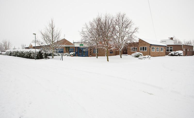 Spaldwick in the snow_4988905369_o.jpg