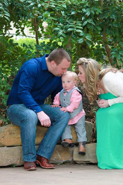 ERIN FAMILY SPRING 2014-25.JPG