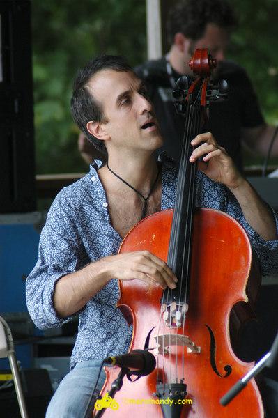 Phila Folk Fest- Sat 8-27 038 Bethany & Rufus.JPG