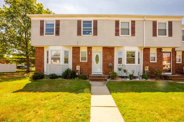 32 Tiger Lily Court