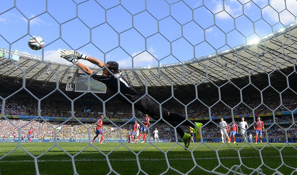 . Costa Rica\'s goalkeeper Keylor Navas makes a save during a Group D match between Costa Rica and England at the Mineirao Stadium in Belo Horizonte during the 2014 FIFA World Cup on June 24, 2014.     RONALDO SCHEMIDT/AFP/Getty Images