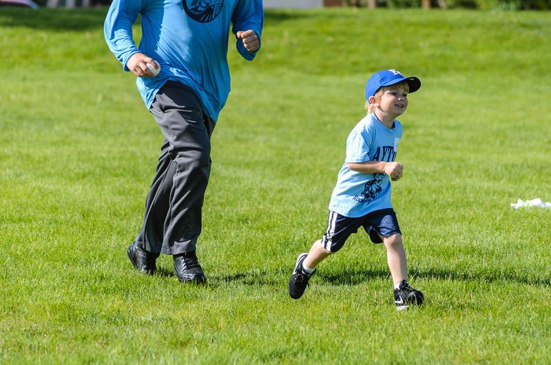Cody-Baseball-20140517-021.jpg