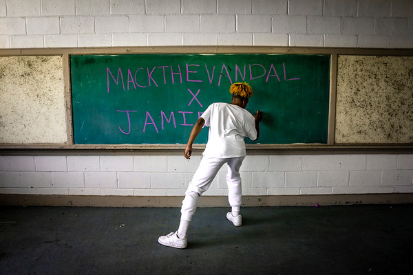 MACKTHEVANDAL Photo Project
