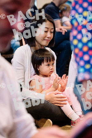 © Bach to Baby 2017_Alejandro Tamagno_RegetntsPark_2017-07-15 007.jpg