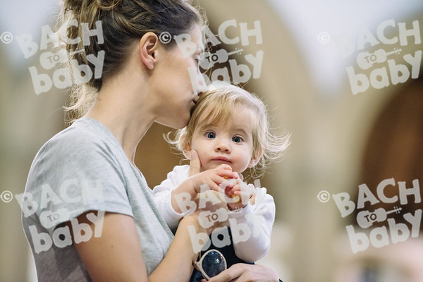 © Bach to Baby 2017_Alejandro Tamagno_Kensal Rise_2017-10-11 014.jpg
