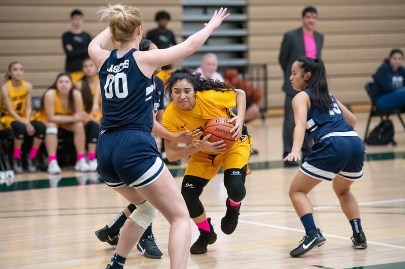 Basketball-W-2020-01-31-7856.jpg