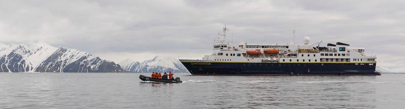 Inspirato-Arctic_Expedition18-03-Camp_Millar-0435.jpg