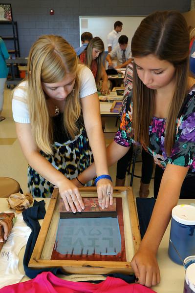 Lutheran-West-Art-Class-Silk-Screen-T-Shirts--September-2012--97.JPG