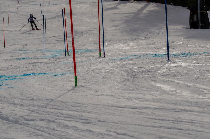 Standard-Races_2-7-15_Snow-Trails-178.jpg
