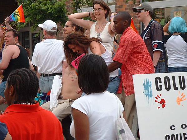 Pride Parade 2001-115.jpg