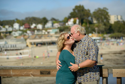 6486_d800b_Michael_and_Rebecca_Capitola_Wharf_Couples_Photography