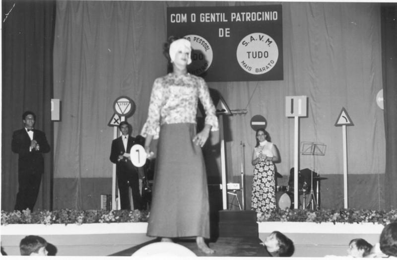 Carnaval 1971 Simons, ?,Miss Luachimo, Paula Santos David