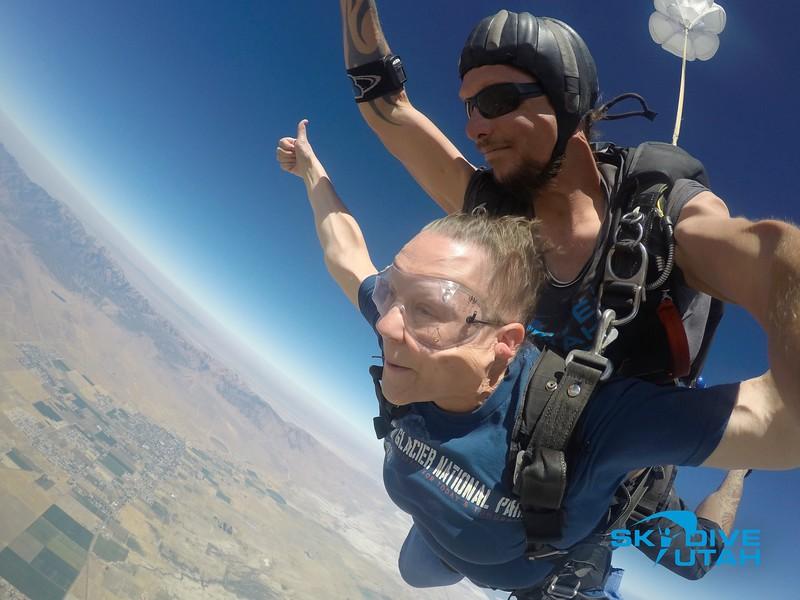 Lisa Ferguson at Skydive Utah - 31.jpg
