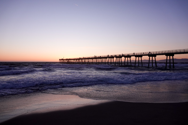 The Hermosa Beach Pier just after sunset