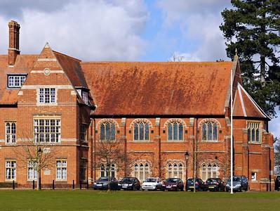 Abingdon School Chapel, Church of England, Park Road, Abingdon, OX14 1DE