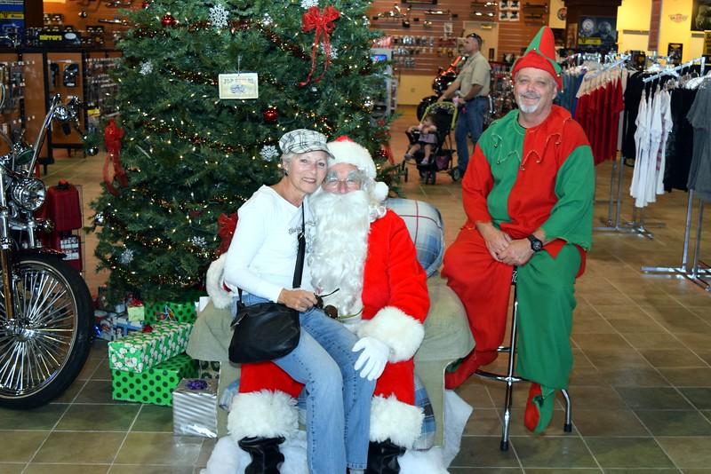 2014 Santa Visits J&P Cycles Florida Superstore (80).JPG